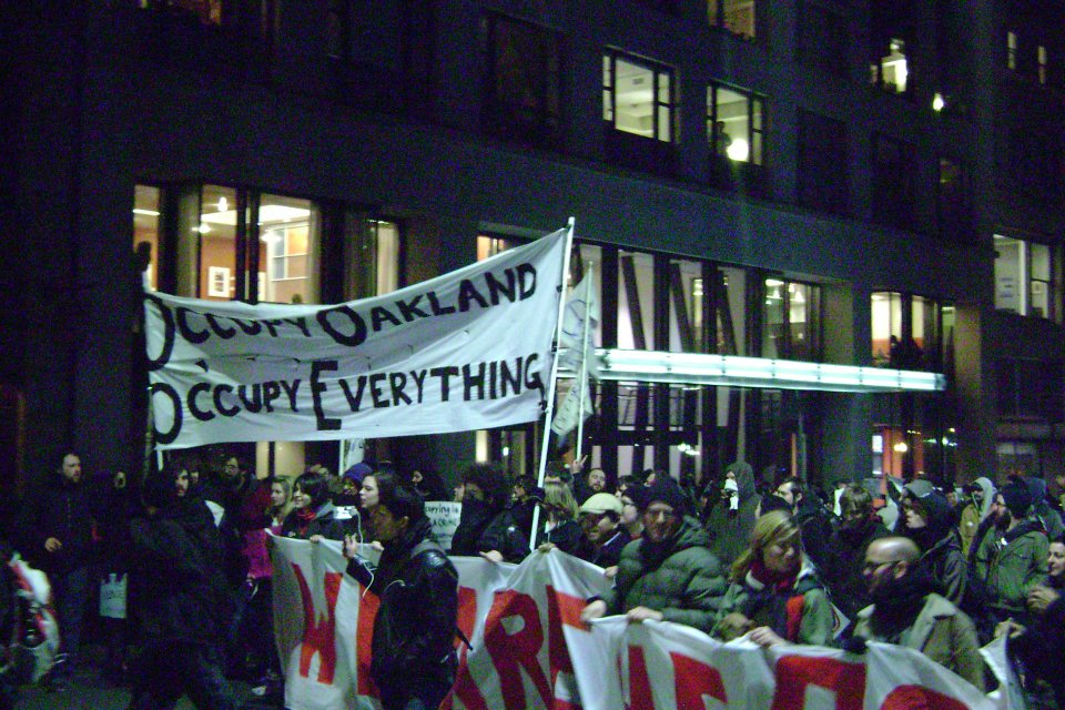 OO5 Occupy Boston marches in Solidarity with Occupy Oakland