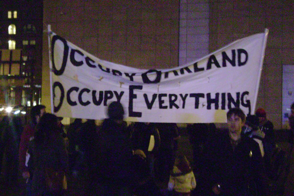 OO7 Occupy Boston marches in Solidarity with Occupy Oakland